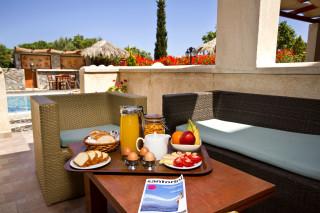 facilities santorini villa the birds breakfast
