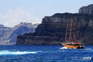 santorini-island-bird-villa-cruise