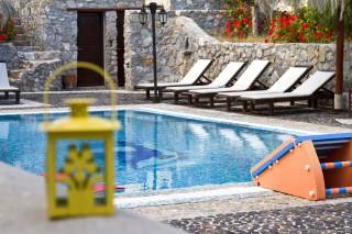 santorini villa the birds hotel with pool