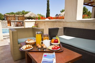 bird villa greek breakfast